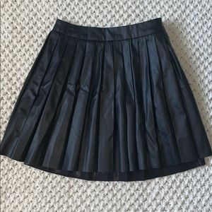 Kendall & Kylie Faux Leather Pleated Skirt